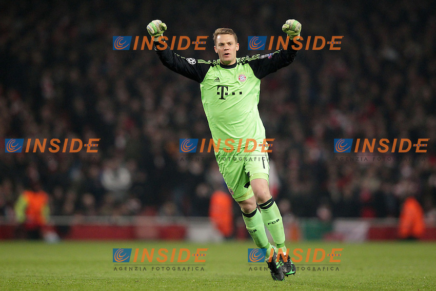 19.02.2013, Emirates Stadion, London, ENG, UEFA Champions League, FC Arsenal vs FC Bayern Muenchen, Achtelfinale Hinspiel, im Bild Torwart Manuel NEUER (FC Bayern Muenchen - 1) jubelt, freut sich, Jubel, Freude ueber die 0-2 Fuehrung // during the UEFA Champions League last sixteen first leg match between Arsenal FC and FC Bayern Munich at the Emirates Stadium, London, Great Britain on 2013/02/19. EXPA Pictures © 2013, PhotoCredit: EXPA/ Eibner/ Ben Majerus..***** ATTENTION - OUT OF GER *****