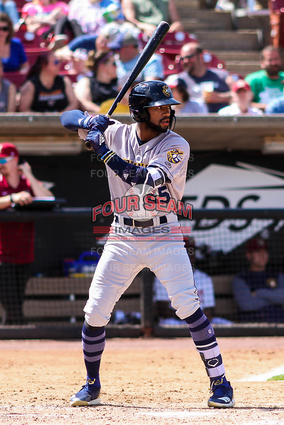 Burlington Bees outfielder Jo Adell (25) at bat during a Midwest League game against the Wisconsin Timber Rattlers on May 19, 2018 at Fox Cities Stadium in Appleton, Wisconsin. Wisconsin defeated Burlington 1-0. (Brad Krause/Four Seam Images)