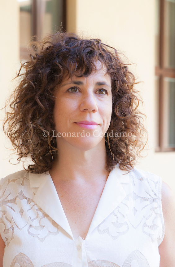 Gradevolissimo nella sua (solo apparente) giocosa ironia questo romanzo di un'ancor giovane Autrice americana, Jami Attenberg, esordiente .. Jami Attenberg is an American author. Life and Works[edit]. Jami Attenberg grew up in Buffalo Grove, Illinois and graduated from Johns Hopkins University with ... Mantova Festivaletteratura 2016. © Leonardo Cendamo
