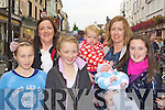Jessica Galvin, Siobhain Lyne, Elaina Galvin, Caoimhe Lynch, Fionn O'Donovan, Cora and Roseleen O'Donovan enjoying the Killarney Tidy town's celebration street party on Sunday