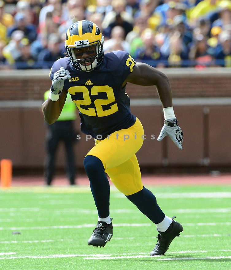 Michigan Wolverines Jarrod Wilson (22) during a game against the UNLV Rebels on September 19, 2015 at Michigan Stadium in Ann Arbor, MI. Michigan beat UNLV 28-7.