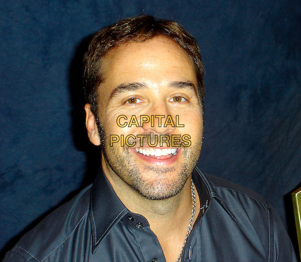 "JEREMY PIVEN.Photocall for ""Entourage"".September 2006.Ref: AW.headshot portrait stubble.www.capitalpictures.com.sales@capitalpictures.com.©Anita Weber/Capital Pictures."