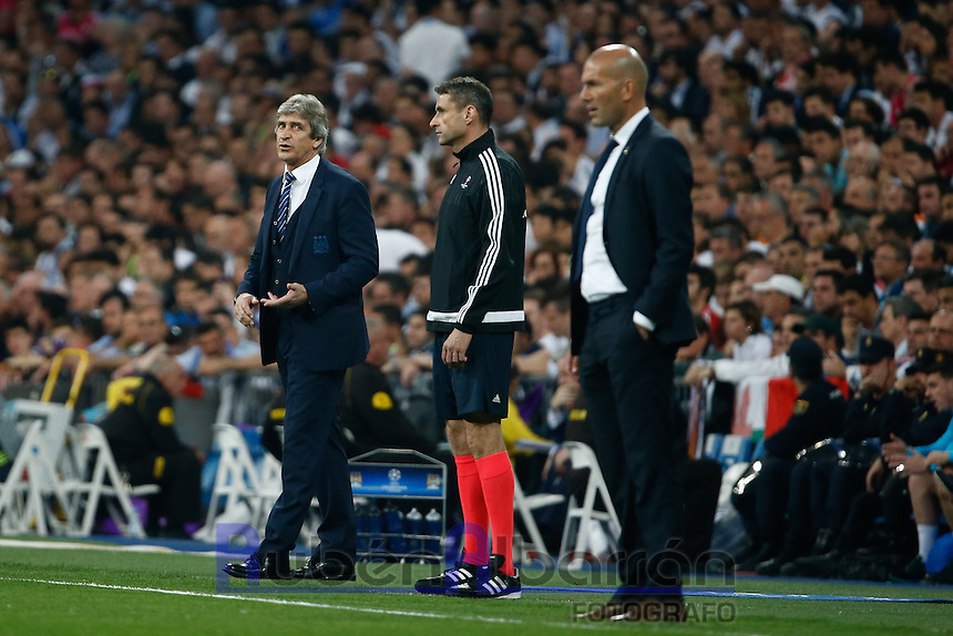 Manchester City´s coach Manuel Pellegrini during the UEFA Champions League match between Real Madrid and Manchester City at the Santiago Bernabeu Stadium in Madrid, Wednesday, May 4, 2016.