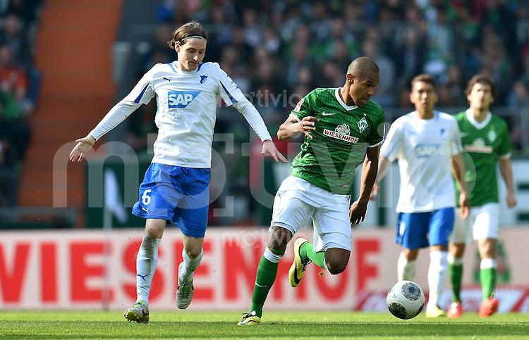 FUSSBALL   1. BUNDESLIGA   SAISON 2013/2014   31. SPIELTAG SV Werder Bremen - 1899 Hoffenheim                   19.04.2014 Sebastian Rudy (li, 1899 Hoffenheim) gegen Theodor Gebre Selassie (re, SV Werder Bremen)