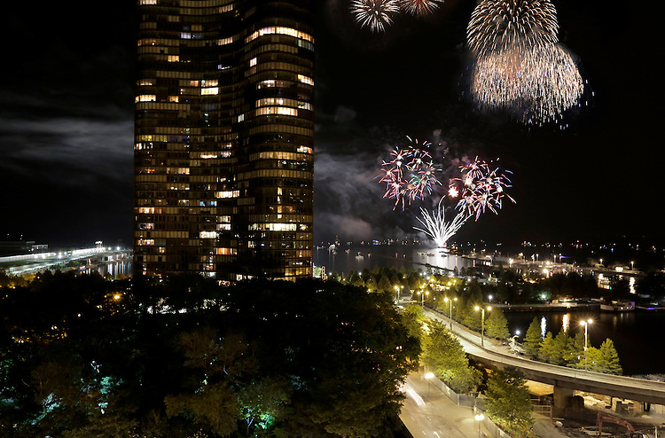 Fireworks over Navy Pier, as seen from from 500 Lake Shore Drive in Streeterville, Chicago. (DePaul University/Jamie Moncrief)