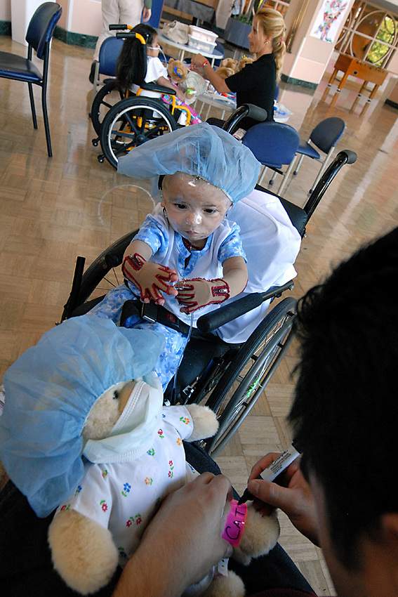 Shriners Hospitals for Children Northern California, Sacramento, August 19, 2008. (photo by Pico van Houtryve)
