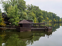 schwimmende M&uuml;hle an Totarm der kleinen Donau bei Kolarovo, Nitriansky kraj, Slowakei, Europa<br /> swimming water mill at cutoff of Small Danube River near Kolarovo, Nitriansky kraj, Slovakia Europe