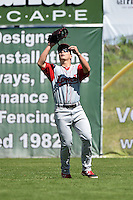 Lowell Spinners outfielder Nick Longhi (21) tracks down a fly ball during a game against the Batavia Muckdogs on July 17, 2014 at Dwyer Stadium in Batavia, New York.  Batavia defeated Lowell 4-3.  (Mike Janes/Four Seam Images)