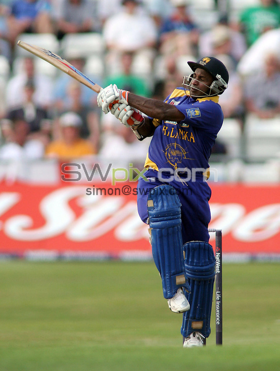 PICTURE BY VAUGHN RIDLEY/SWPIX.COM -  Cricket - Natwest Series - England v Sri Lanka - Headingley, Leeds, England - 01/07/06...? Simon Wilkinson - 07811 267706...Sri Lanka's Sanath Jaysuriya hits another 6 on his way to a 152, Man of the Match performance.