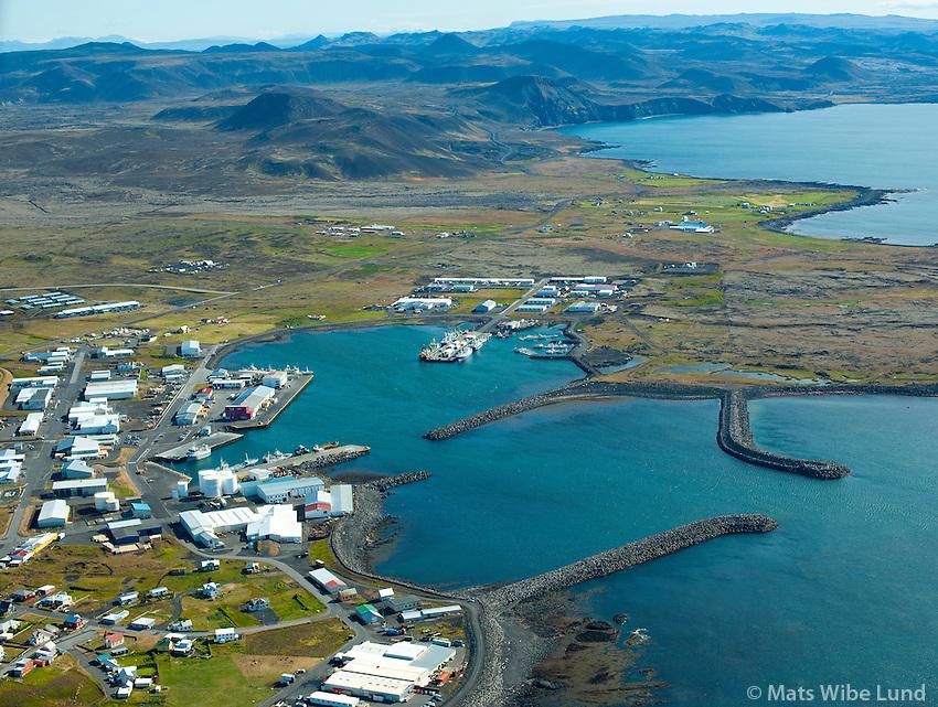 Grindavík séð til norðausturs /  Grindavik viewing northeast