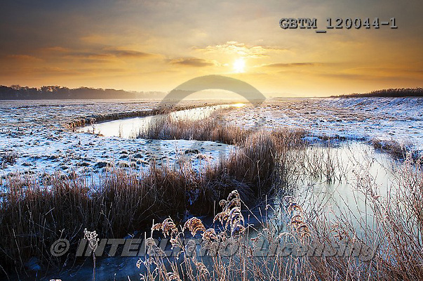 Tom Mackie, CHRISTMAS LANDSCAPE, photos,+Britain, British, East Anglia, England, English, Europa, Europe, Herringfleet, Suffolk, UK, atmosphere, atmospheric, composit+ion, dawn, daybreak, dike, dramatic, dyke, fen, fenland, frost, horizontal, horizontals, marsh, mood, moody, reed, reedbed, r+eeds, s bend, s-bend, snow, sunrise, sunset, time of day, water, water's edge, weather, winter, wintery,Britain, British, Eas+t Anglia, England, English, Europa, Europe, Herringfleet, Suffolk, UK, atmosphere, atmospheric, composition, dawn, daybreak,+,GBTM120044-1,#xl#