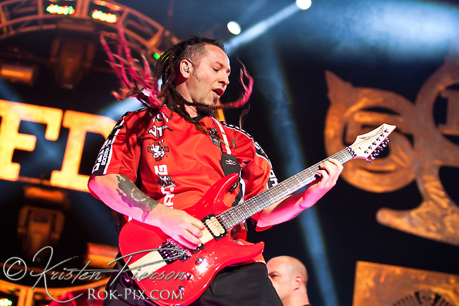 5FDP perform at Mohegan Sun Arena September 28 2014