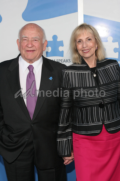 "24 September 2005 - Hollywood, California - Ed Asner and wife Cindy.  Jerry Seinfeld and Paul Simon Perform ""One Night Only: A Concert for Autism Speaks"" - Arrivals held at the Kodak Theatre.  Photo Credit: Zach Lipp/AdMedia"