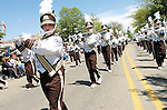 Sentinel/Dan Irving.Members of the Zeeland High School Marching Band march in the Muziekparade on Saturday..(5/14/05)
