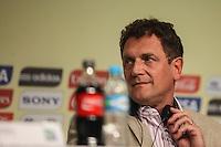 ATENCAIO EDITOR FOTO EMBARGADA PARA VEICULO INTERNACIONAL - SAO PAULO, SP, 28 DE NOVEMBRO 2012 - COLETIVA FIFA - secretário-geral da Fifa, Jérome Valcke, durante coletiva dda FIFA edo Comitê Organizador da Copa do Mundo (COL) na tarde desta quarta-feira, 28 na regiao norte da capital paulista. FOTO: VANESSA CARVALHO BRAZIL PHOTO PRESS.