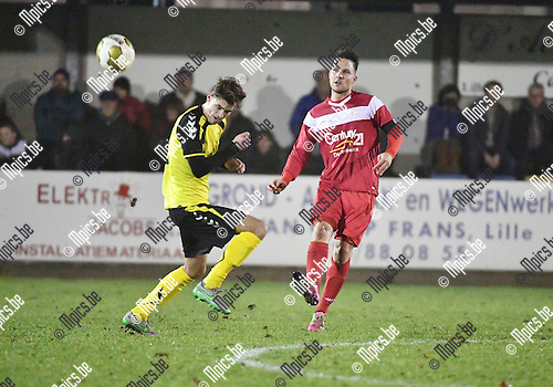 2016-12-17 / Voetbal / Seizoen 2016-2017 / KFC Lille - VC Herentals / Maico Gerritsen (l. Lille) met Philippe Biernaux<br /> <br /> ,Foto: Mpics.be