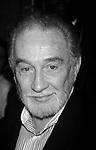 Roy Dotrice  (1923-2017)