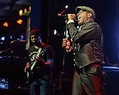 LIVING COLOUR (2015)