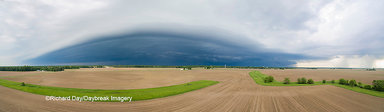 63891-02705 Thunderstorm approaching Marion Co. IL