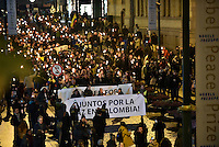 OSLO -NORUEGA-10-12-2016  Cientos de personas realizaron una marcha de antorchas en celebración por Juan Manuel Santos, presidente de Colombia, durante la ceremonia de entrega del Premio Nobel de Paz 2016 que obtuvo por su trabajo en pro de la paz en Colombia. El premio fue entregado hoy 10 de diciembre de 2016 en el Town Hall de Oslo Noruega./ Hundred of people made a torchlight parade in celebration by Juan Manuel Santos, president of Colombia, during the ceremony of Nobel Peace Prize 2016. The prize was give to the Santos president for his hard work in favor of the peace in Colombia, today December 10 2016 at Oslo Town Hall , Oslo, Norway. / Photo: VizzorImage / Cesar Carrion / SIG. / HANDOUT PICTURE; MANDATORY EDITORIAL USE ONLY/ NO MARKETING, NO SALES