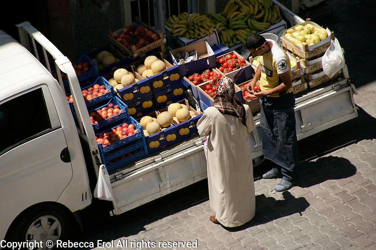 Van selling fruit and vegetables, istanbul, Turkey