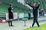 Jubel Florian Kohfeldt (Trainer SV Werder Bremen)<br /> <br /> <br /> Sport: nphgm001: Fussball: 1. Bundesliga: Saison 19/20: 34. Spieltag: SV Werder Bremen vs 1.FC Koeln  27.06.2020<br /> <br /> Foto: gumzmedia/nordphoto/POOL <br /> <br /> DFL regulations prohibit any use of photographs as image sequences and/or quasi-video.<br /> EDITORIAL USE ONLY<br /> National and international News-Agencies OUT.