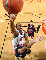Virginia Cavalier basketball at the University of Virginia in Charlottesville, VA. Photo/Andrew Shurtleff.