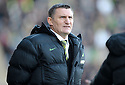 08/11/2009  Copyright  Pic : James Stewart.sct_jspa35_falkirk_v_celtic  . :: TONY MOWBRAY DURING THE FALKIRK GAME :: .James Stewart Photography 19 Carronlea Drive, Falkirk. FK2 8DN      Vat Reg No. 607 6932 25.Telephone      : +44 (0)1324 570291 .Mobile              : +44 (0)7721 416997.E-mail  :  jim@jspa.co.uk.If you require further information then contact Jim Stewart on any of the numbers above.........