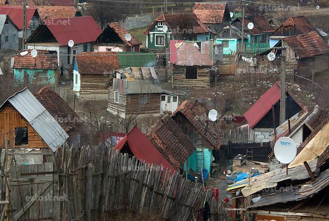 ROMANIA, 12.2008, Maierus..Gypsy ghetto of the village Maierus, Brasov county, Romania..© Egyed Ufo Zoltan / Est&Ost Photography
