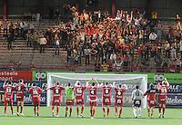 KV Kortrijk - AA Gent.kortrijk-spelers vieren met hun supporters.foto VDB / BART VANDENBROUCKE
