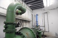 - acquedotto di Milano, impianto per il pompaggio dalla falda acquifera<br /> <br /> - aqueduct of Milan, facility for pumping from the goundwater