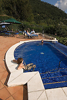 Guatemala, Swimming-Pool im Hotel  Atitlan am Atitlan-See