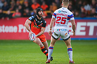 Picture by Alex Whitehead/SWpix.com - 27/04/2018 - Rugby League - Betfred Super League - Castleford Tigers v Wakefield Trinity - Mend-A-Hose Jungle, Castleford, England - Castleford's Luke Gale.