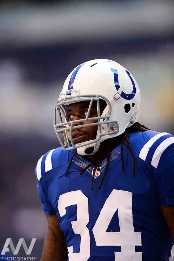 Sep 28, 2014; Indianapolis, IN, USA; Indianapolis Colts running back Trent Richardson (34) against the Tennessee Titans at Lucas Oil Stadium. Mandatory Credit: Andrew Weber-USA TODAY Sports