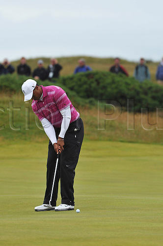 15/07/10 Tiger Woods (USA) in action  on the Old Course , St  Andrews, Fife, Scotland in the first round of  British Open Championship