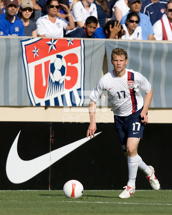 Jonathan Spector looks upfield. The USA defeated China, 4-1, in an international friendly at Spartan Stadium, San Jose, CA on June 2, 2007.