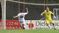 Florian Funk (Griesheim) erzielt das 3:2 gegen Hans Steinle (Eintracht) - 16.05.2018: SCV Legenden gegen Eintracht Frankfurt Traditionsmannschaft, Sportfeld Süd Griesheim
