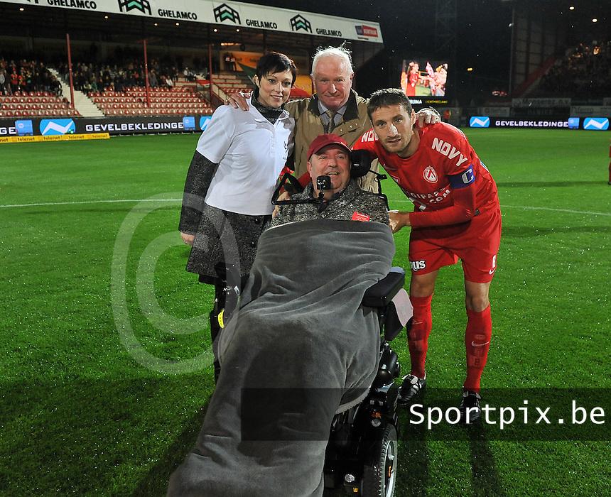 KV Kortrijk - KV Oostende :  ALS - Liga op de foto met kapitein Nebojsa Pavlovic <br /> foto VDB / Bart Vandenbroucke