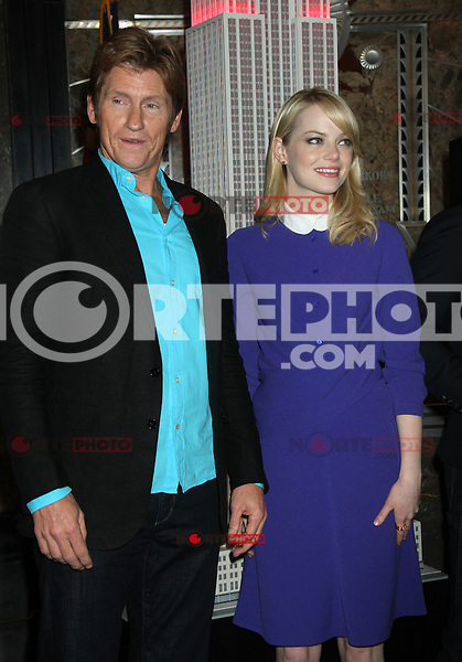 June 25, 2012 Denis Leary and Emma Stone of The Amazing Spider-man film, attend the lighting ceremony  to support Stand Up to Cancer at the Empire State Building in New York City. © RW/MediaPunch Inc. **NORTEPHOTO.COM*<br /> **SOLO*VENTA*EN*MEXICO**<br /> **CREDITO*OBLIGATORIO** <br /> **No*Venta*A*Terceros**