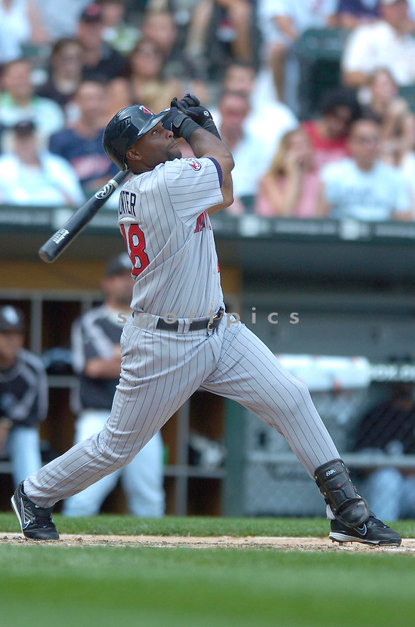 TORRI HUNTER, of the Minnesota Twins , in action during the  Twins  game against the Chicago White Sox in Chicago, IL  on July 7,  2007...White Sox  win 3-1...DAVID DUROCHIK / SPORTPICS.