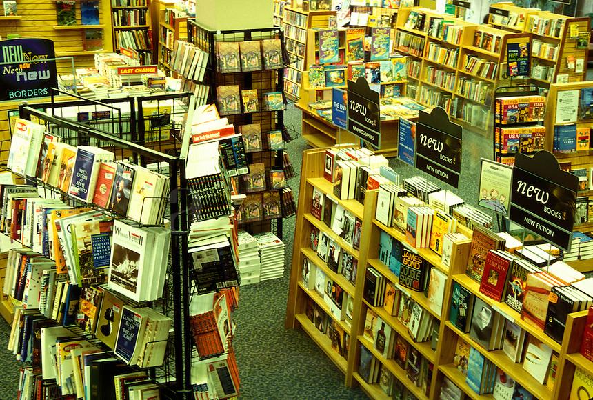 bookstore, Borders Bookstore, Burlington, Vermont, Interior of Borders Books in Burlington.