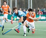 WASSENAAR - Hoofdklasse hockey heren, HGC-Bloemendaal (0-5)  Thierry Brinkman (Bldaal) met links Tristan Algera (HGC)     COPYRIGHT KOEN SUYK