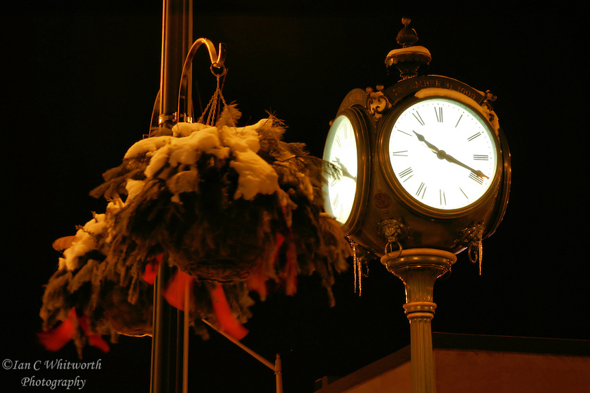 Oakville Christmas clock at night