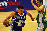 Troy McLean tries to get by Piers Finch during the NBL Round 14 match between the Manawatu Jets  and Wellington Saints. Arena Manawatu, Palmerston North, New Zealand on Saturday 31 May 2008. Photo: Dave Lintott / lintottphoto.co.nz