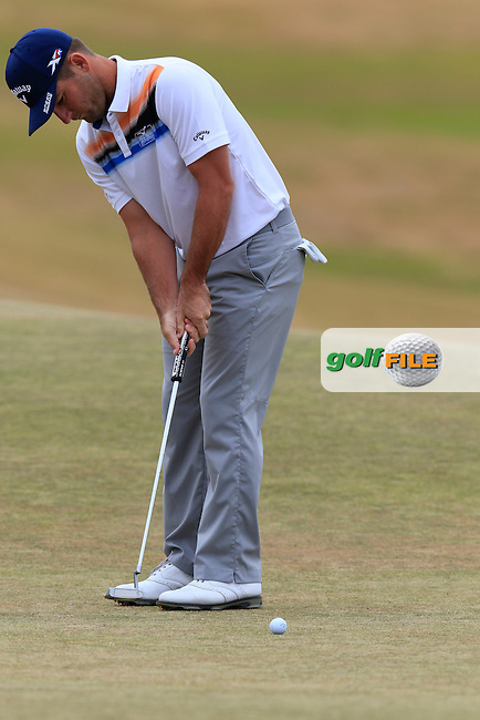 Matt Every (USA) putts on the 1st green during Thursday's Round 1 of the 2015 U.S. Open 115th National Championship held at Chambers Bay, Seattle, Washington, USA. 6/18/2015.<br /> Picture: Golffile | Eoin Clarke<br /> <br /> <br /> <br /> <br /> All photo usage must carry mandatory copyright credit (&copy; Golffile | Eoin Clarke)