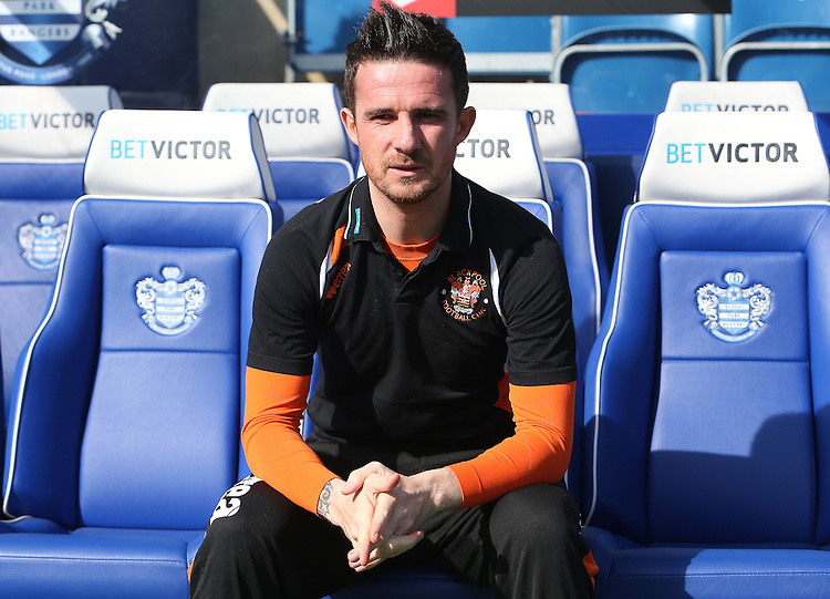Blackpool's Manager Barry Ferguson  during the pre-match warm-up <br /> Photo by Kieran Galvin/CameraSport<br /> <br /> Football - The Football League Sky Bet Championship - Queens Park Rangers v Blackpool - Saturday 29th March 2014 - Loftus Road - London<br /> <br /> &copy; CameraSport - 43 Linden Ave. Countesthorpe. Leicester. England. LE8 5PG - Tel: +44 (0) 116 277 4147 - admin@camerasport.com - www.camerasport.com