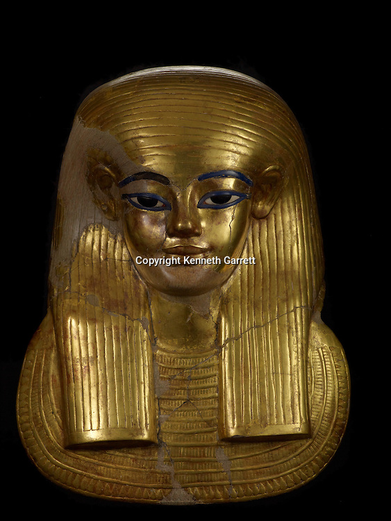 mm7864; 18th Dynasty; New Kingdom; Egypt; The Egyptian Museum; Cairo; Yuya, Gold, Death Mask, Tut mother in Law