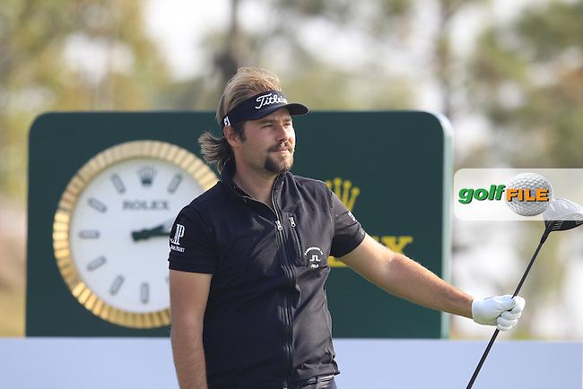 Victor Dubuisson (FRA) tees off the 18th tee during Sunday's Final Round of the 2014 BMW Masters held at Lake Malaren, Shanghai, China. 2nd November 2014.<br /> Picture: Eoin Clarke www.golffile.ie