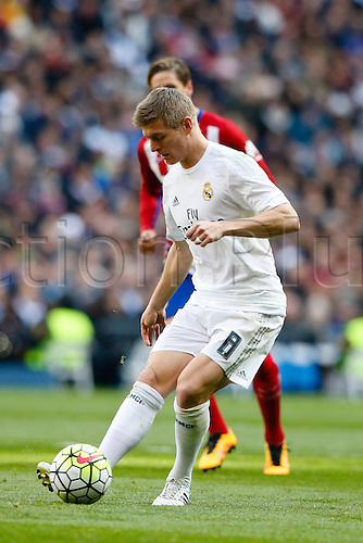 27.02.2016. Madrid, Spain.  Toni Kroos (8) Real Madrid during La Liga match between Real Madrid and Atletico de Madrid at the Santiago Bernabeu stadium in Madrid, Spain