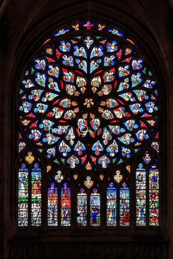 France, Yonne (89), Sens, cathédrale Saint-Etienne, rosace du transept nord // France, Yonne, Sens,Saint Etienne Cathedral, rose window of the north transept